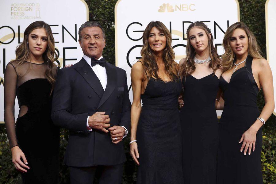 Robe de soirée noire longue Globe Golden 2017