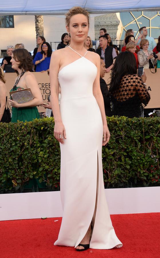 Robe de soirée blanche longue avec fente Brie Larson