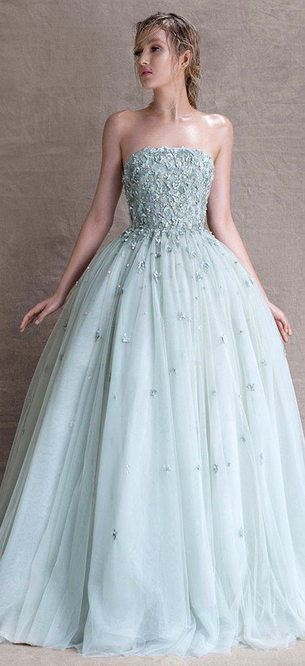 Robe de soirée longue bustier coeur princesse
