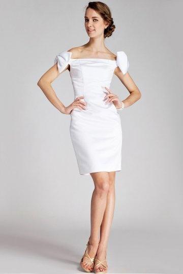 Robe de soirée blanche courte épaule dénudée